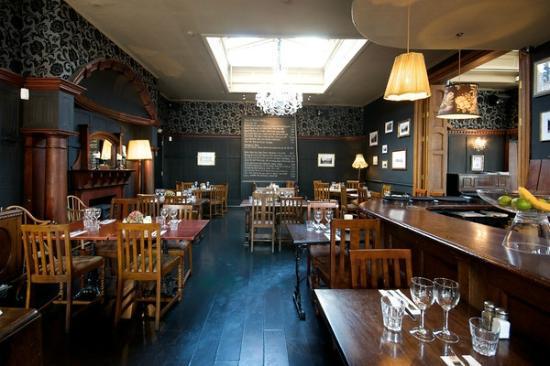 Queen Adelaide Shepherd's Bush Dining Room