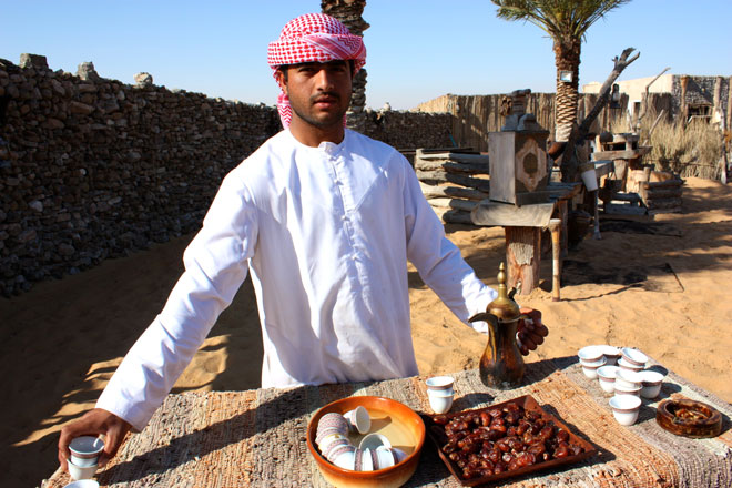 Platinum Heritage - Desert Safari Dubai - Breakfast with a Bedouin - Coffee and dates