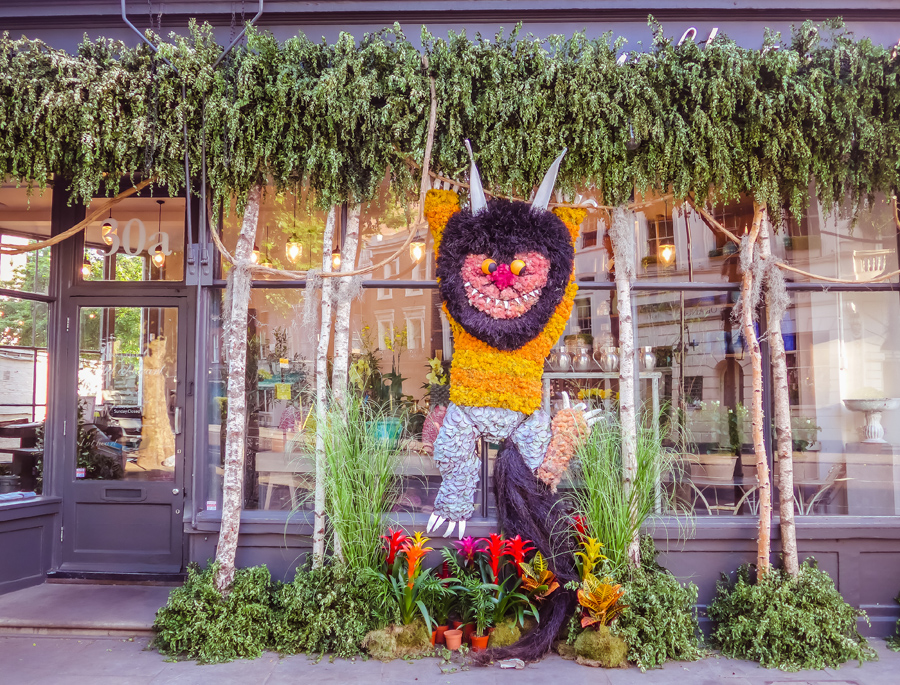 Chelsea in Bloom 2017 - Floral Safari - Flower Animals - Gruffalo - Belgravia in Bloom