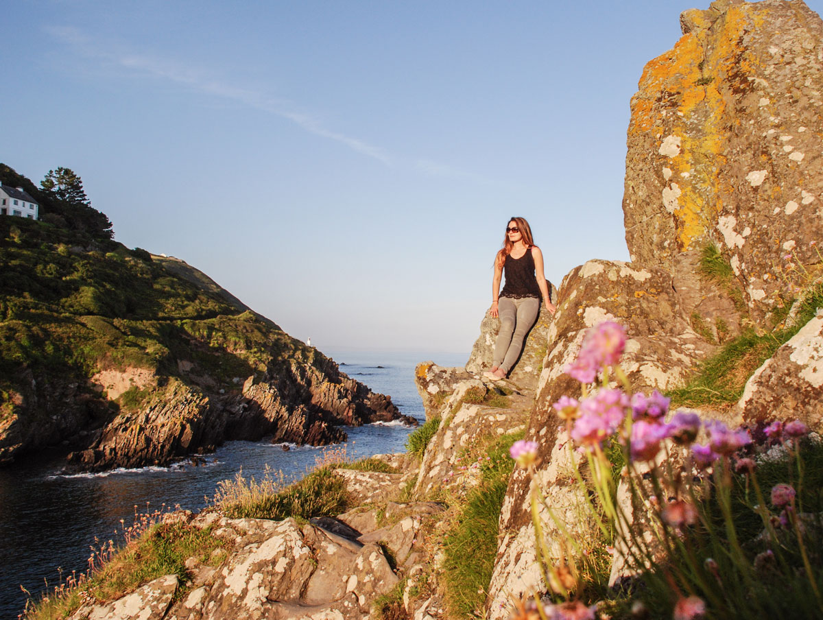 Peak-Rock-Polperro-Cornwall---Cliffs-in-Cornwall