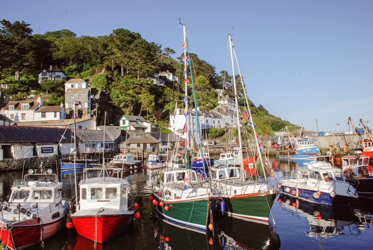 Polperro-Harbour---Boats-in-Polperro---Heritage-museum-of-smuggling