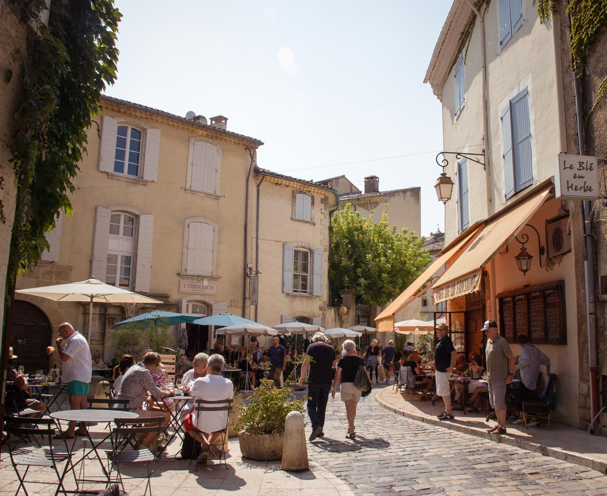Provence Villages - South of France Provence Luberon - provence cafes