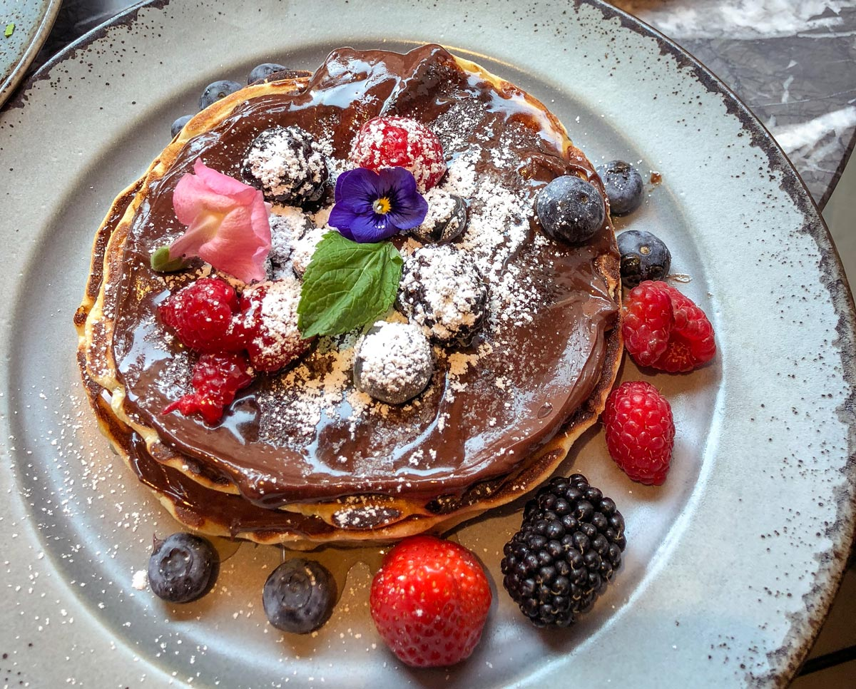 Chocolate Pancakes. Brunch in London. 39 steps coffee haus.