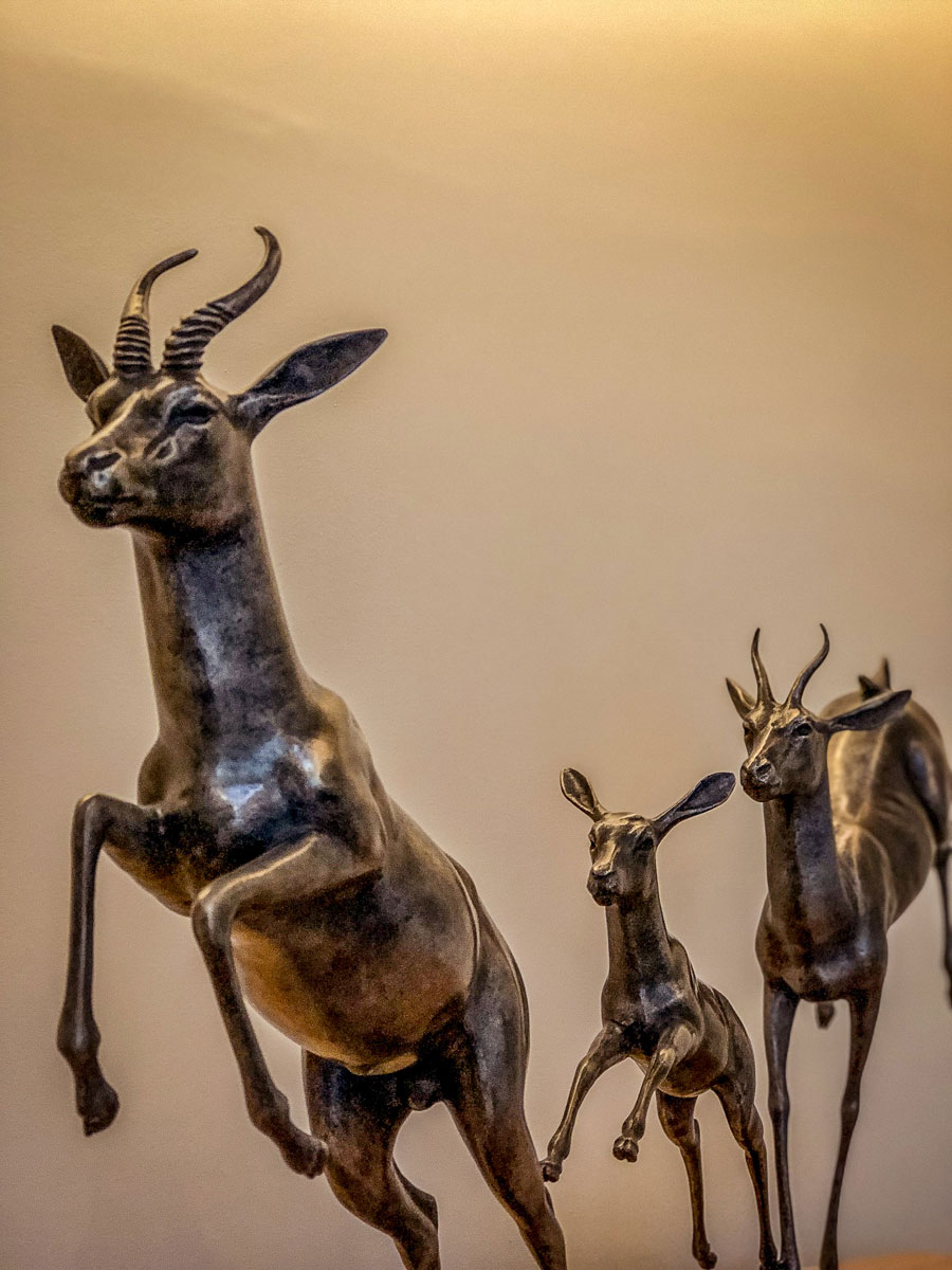 Linthwaite House Hotel Lake District - Bowness-on-Windermere - Leeu Collection - bronze antelope