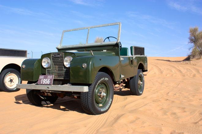 Platinum Heritage - Desert Safari Dubai - Breakfast with a Bedouin - Vintage Landrover