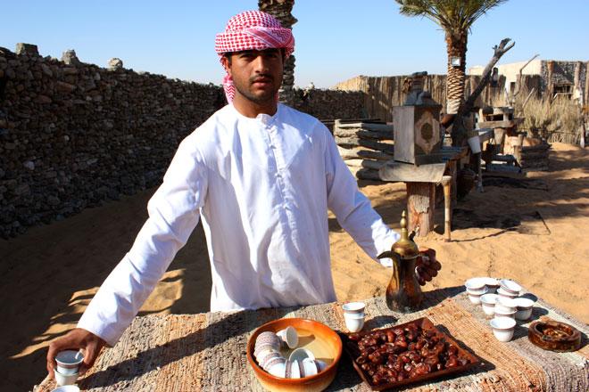 Platinum Heritage - Desert Safari Dubai - Breakfast with a Bedouin - Coffee and dates