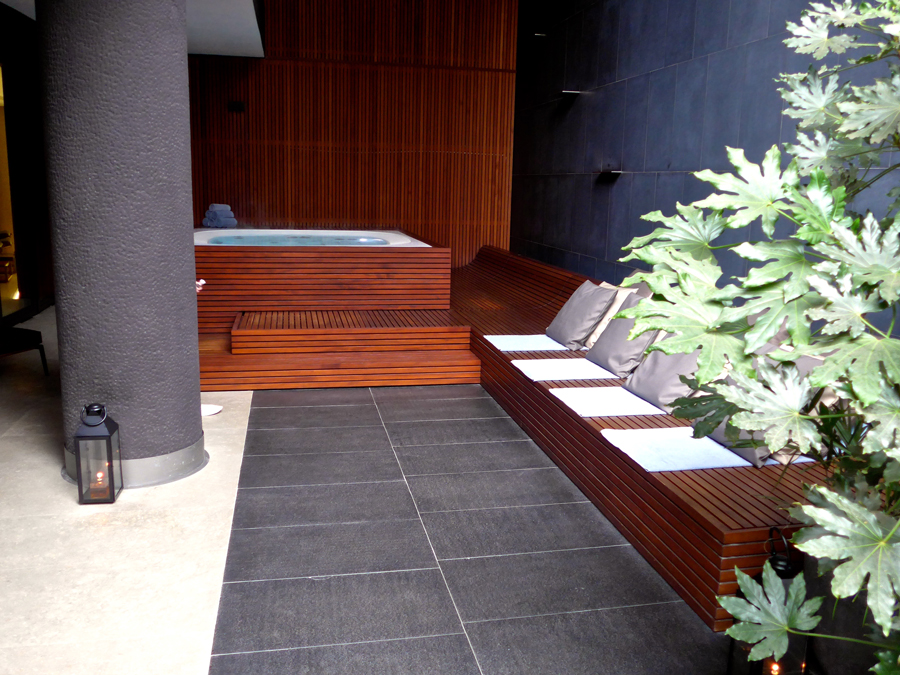Bulgari-Spa-Outdoor-Lounge