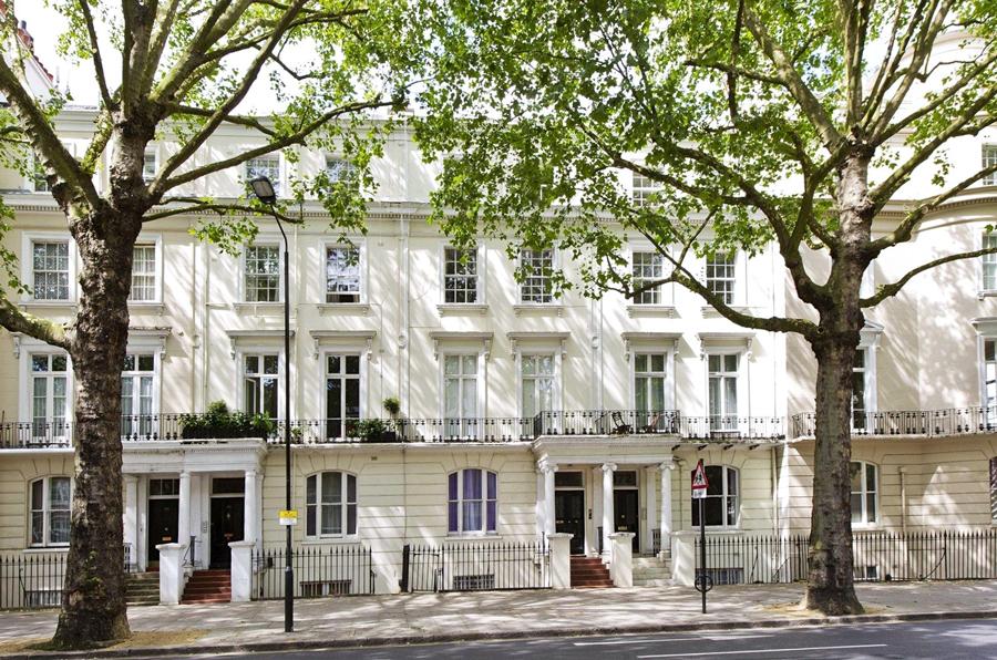 Holland Park Houses London