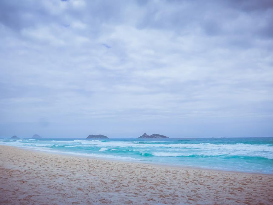 48 hours in rio de janeiro - barra de tijuca beach