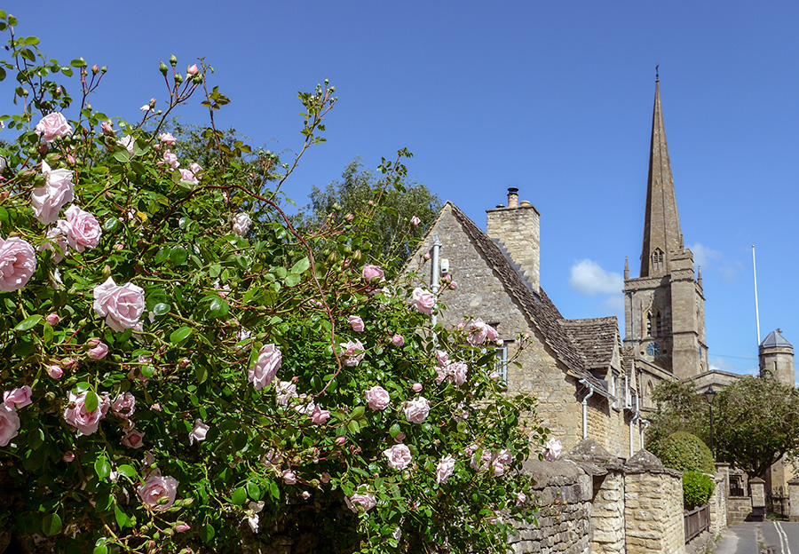 Cotswolds - Burford Church and roses