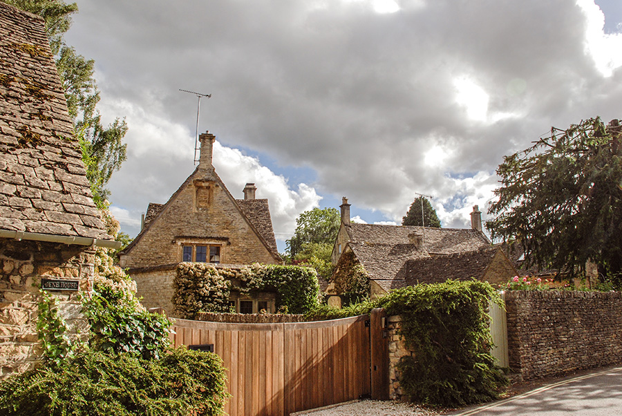 Cotswolds - honey coloured buildings in Lower Slaughter