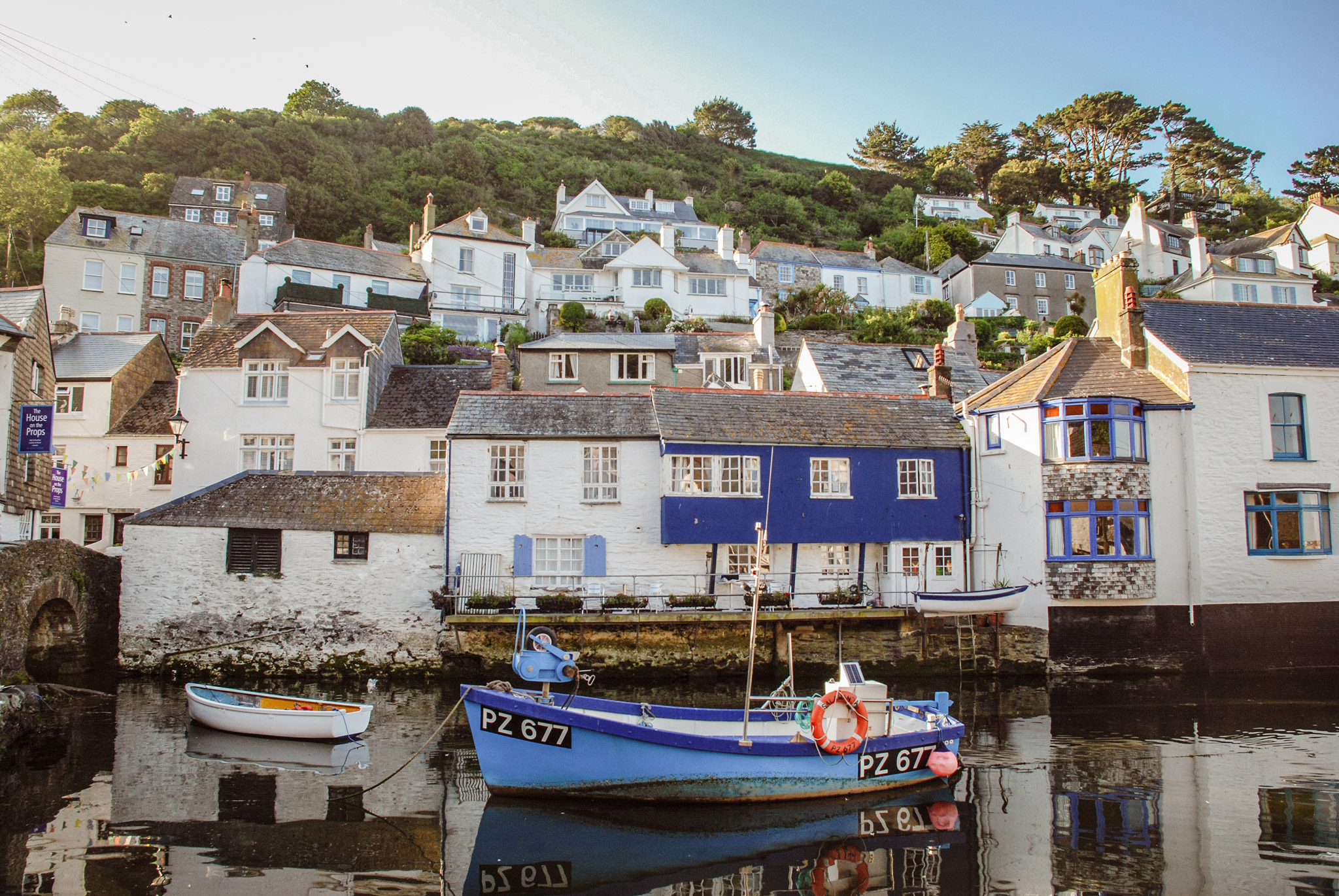 Polperro-Cornwall-Harbour